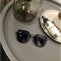 新款网红墨镜女潮复古气质太阳镜长圆脸个性韩国猫耳朵眼镜