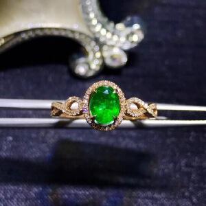 天然哥伦比亚祖母绿戒指四大宝石之一