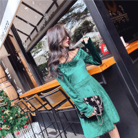 连衣裙女秋冬季2018新款时尚气质蕾丝拼接金丝绒收腰显瘦打底裙潮 绿色