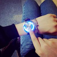 韩版潮女学生电子手表男智能创意个性发光led触屏简约黑白情侣表礼物SN5397