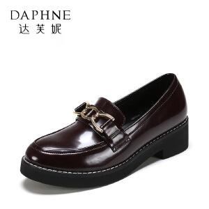【达芙妮集团】鞋柜 春秋时尚休闲时尚女单鞋1117101374