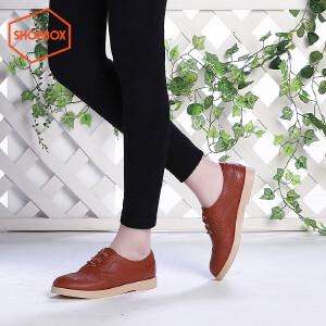 达芙妮旗下SHOEBOX/鞋柜英伦风布洛克雕花复古时尚低跟圆头单鞋
