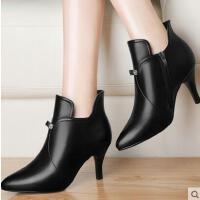 古奇天伦新款秋冬季高跟马丁靴女靴子短靴尖头细跟及裸靴单靴