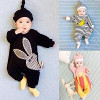 女婴儿连体衣冬季男宝宝外出抱衣服6满月春秋冬装3新生儿0岁1个月