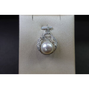 s925银镶钻淡水珠吊坠(不含链)