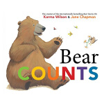 【预订】Bear Counts,小熊数数 英文儿童绘本