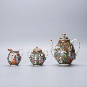 广彩茶具一套