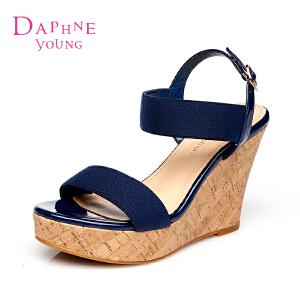 Daphne达芙妮2015夏季专柜防水台露趾女凉鞋1515303024