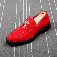 套脚尖头皮鞋男英伦红色流苏漆皮男鞋商务休闲内增高鞋发型师潮鞋