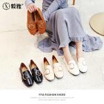 【毅雅】2018春季新款单鞋女金属圆扣方头低跟平底鞋子女舒适小皮鞋女 YD8AC1898