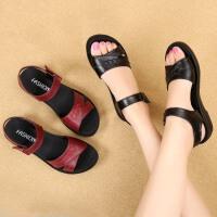 妈妈鞋凉鞋女鞋夏季平底中年软底舒适中老年奶奶老人沙滩真皮