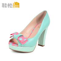 达芙妮旗下鞋柜圆点蝴蝶结高跟粗跟鱼嘴单鞋1115202008