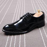 新款男士皮鞋尖头亮漆皮英伦商务系带休闲鞋发型师潮流皮鞋内增高
