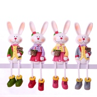 20180625062418854米菲兔子吊脚娃娃一家创意树脂娃娃个性手工艺品客厅小装饰品摆件