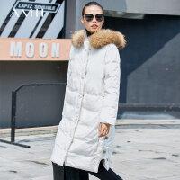 【到手价:612元】Amii极简时尚90白鸭绒羽绒服女2019冬新宽松貉子毛领连帽绑带外套