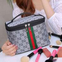 收纳包 网红大容量化妆包超火大小号便携收纳包可爱女随身简约包旅行防水包