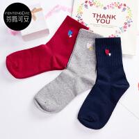 芬腾可安3双装 袜子女20年纯色刺绣舒适透气棉质 运动休闲中筒女袜 3双礼盒装 组合一