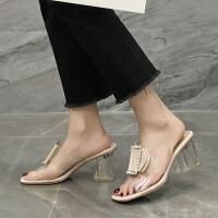 拖鞋女外穿百搭夏时尚新款学生透明水钻金属扣粗跟一字度假鞋
