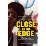【预订】Close to the Edge In Search of the Global Hip Hop Gener