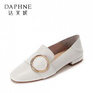 Daphne/达芙妮2017春 休闲低跟单鞋 时尚金属扣饰浅口牛皮女鞋