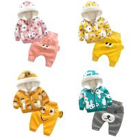 女婴儿衣服3个月男宝宝加绒加厚外套装裤子秋冬季
