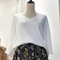 韩国ulzzang2018春装新款简约V领开叉喇叭袖T恤衫女糖果色上衣潮