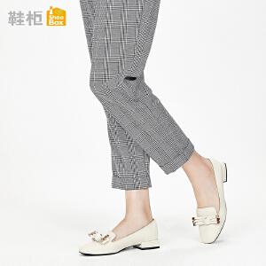 达芙妮集团鞋柜鞋柜18春季杜拉拉浅口低跟单鞋女复古方