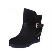 Daphne/达芙妮女靴子冬季绒面休闲坡跟简约女短靴