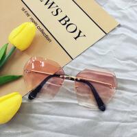 韩版多边形切边镜片太阳镜显瘦圆脸无框金属墨镜渐变眼镜潮男女