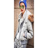 欧洲站冬季女装新款连帽保暖大毛领短款羽绒服+短裤套装 灰色
