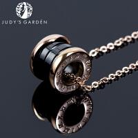 【茱蒂的花园】情侣黑白弹簧陶瓷罗马数字项链锁骨链吊坠18K玫瑰金钛钢男款女款女式送女友生日礼物