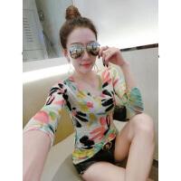 花色短袖T恤女2018夏季新款女装印花V领打底小衫显瘦上衣服潮
