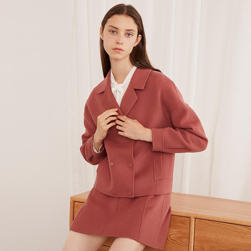 红袖羊毛纯色短外套双面呢短大衣双排扣毛呢外套 双面呢面料 利落短款 气质西装领