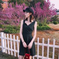 无袖连衣裙女夏2018新款吊带裙气质修身打底a字裙v领赫本风小黑裙