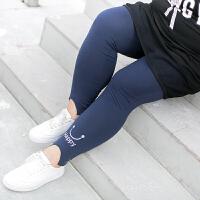 胖妹妹秋装打底裤2017新款大码女装显瘦小脚裤200斤绣花长裤