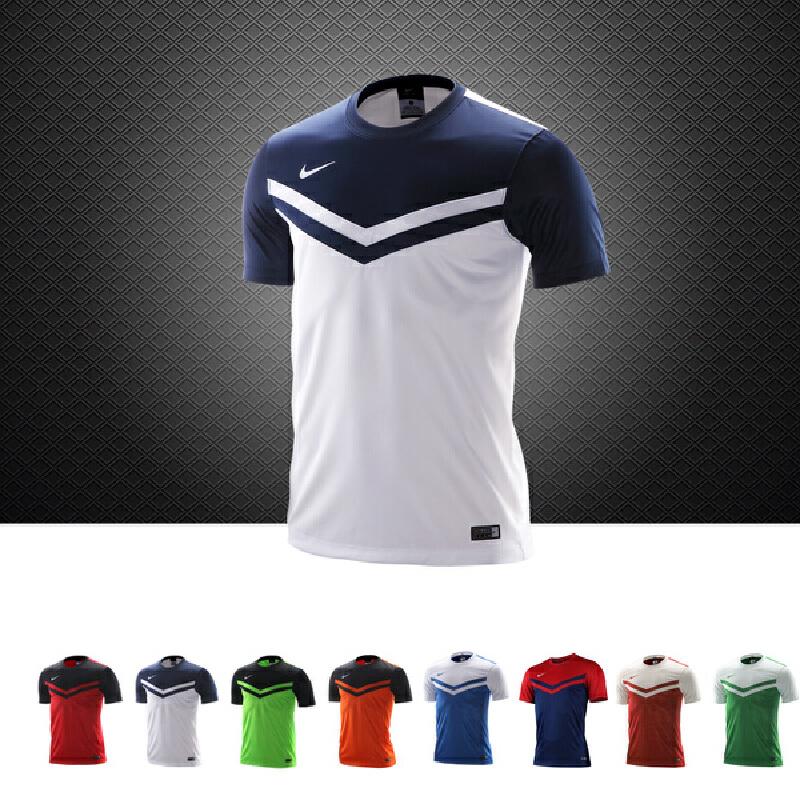 NIKE耐克 男款短袖休闲T恤 薄款透气足球篮球跑步运动T恤308023-100