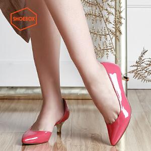 达芙妮旗下shoebox鞋柜新品 英伦优雅性感侧空女鞋 纯色浅口套脚中跟尖头单鞋