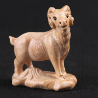 羊摆件木雕 桃木羊摆件木雕生肖羊摆件家居木雕手工环保无漆