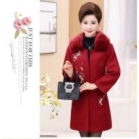 中老年人女秋冬装羊毛呢外套大码妈妈装绣花中长款毛领呢子大衣厚
