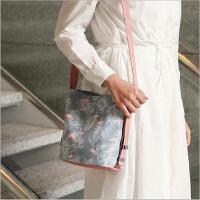 火烈鸟韩式防水单肩包女式斜挎包旅行时尚购物包手机包收纳包