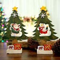 圣诞装饰品摆件圣诞树木质新款桌面摆件节日礼品复古创意木制工艺