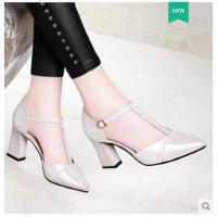 莱卡金顿春夏季新款女鞋漆皮粗跟高跟尖头性感丁字带单鞋凉鞋潮鞋子女JBBN1596