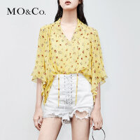 MOCO夏装新款女短袖真丝衬衫女清新漏锁骨碎花印花上衣小心机