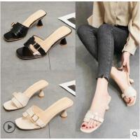 女士拖鞋新款室外时尚简约搭扣一字拖外穿百搭粗跟沙滩鞋