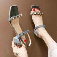 户外凉鞋女韩版仙女风时尚水钻一字式扣带高跟鞋子
