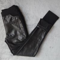 欧洲站冬装新款女铆钉拼接PU皮裤子加绒加厚外穿打底裤小脚裤 黑色 S 25