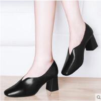 古奇天伦春季新款单鞋ins女鞋子chic小皮鞋高跟鞋粗跟方头复古奶奶鞋YU03366