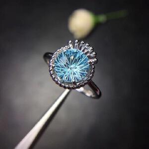 天然托帕石戒指,晶体全净,烟花切工