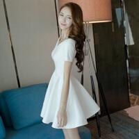 2018夏季新款女装一字肩露肩a字蓬蓬裙白色夜店连衣裙性感小礼服