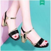 古奇天伦韩版一字扣女士粗跟高跟鞋软妹凉鞋女中跟新款夏季女鞋子百搭FR08949